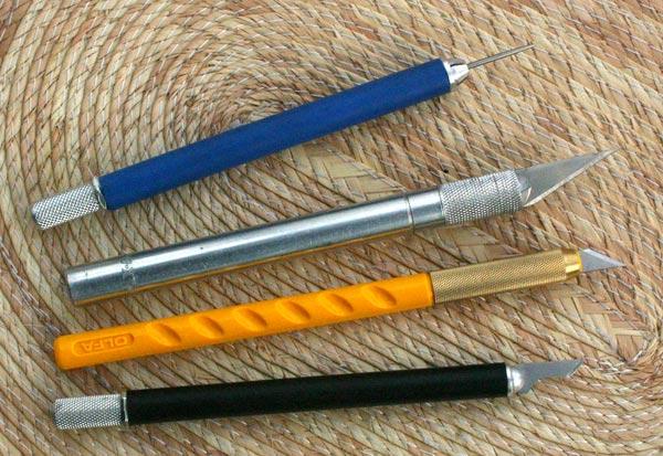 scratchboard knives